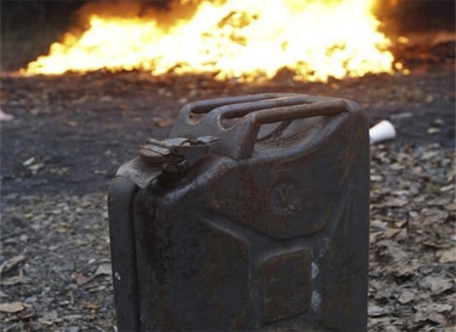 Житель Алтайского края пытался заживо сжечь свою супругу