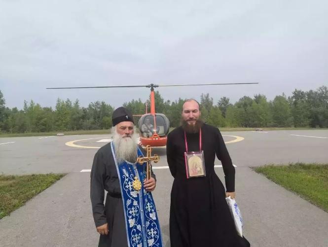 Митрополит Сергий совершил воздушный крестный ход над Алтайским краем