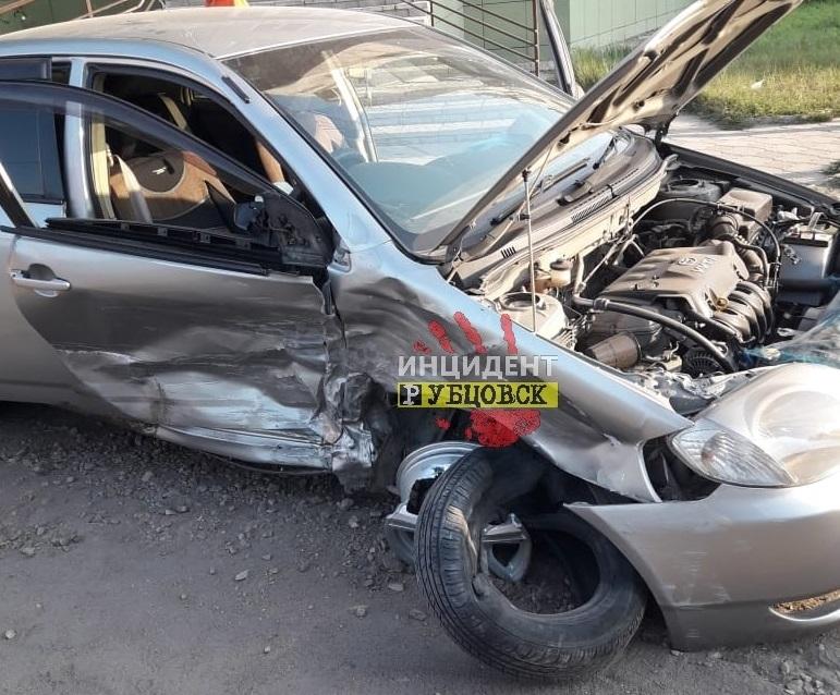 Серьезное ДТП произошло в Рубцовске