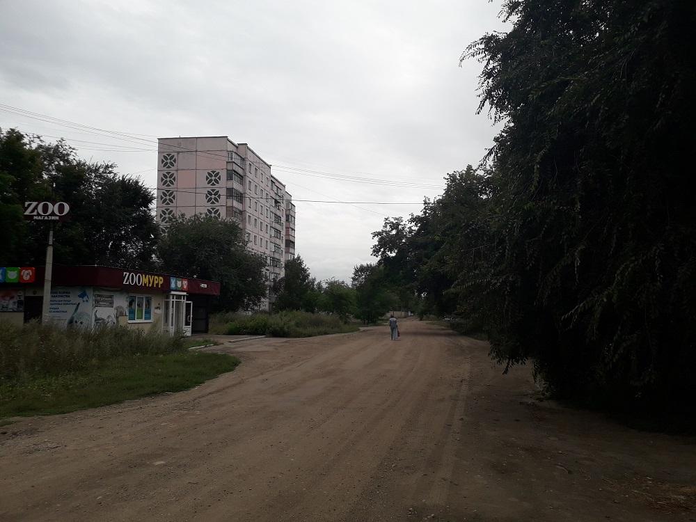 Жители одного из кварталов Рубцовска жалуются на жуткий запах на улице и в квартирах