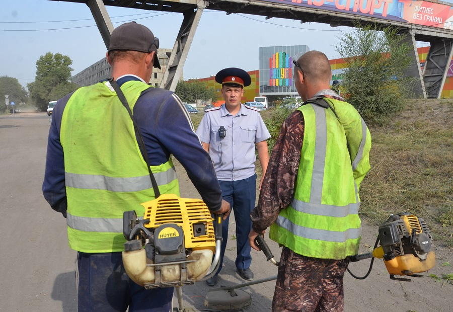 Осужденные помогают благоустраивать Рубцовск
