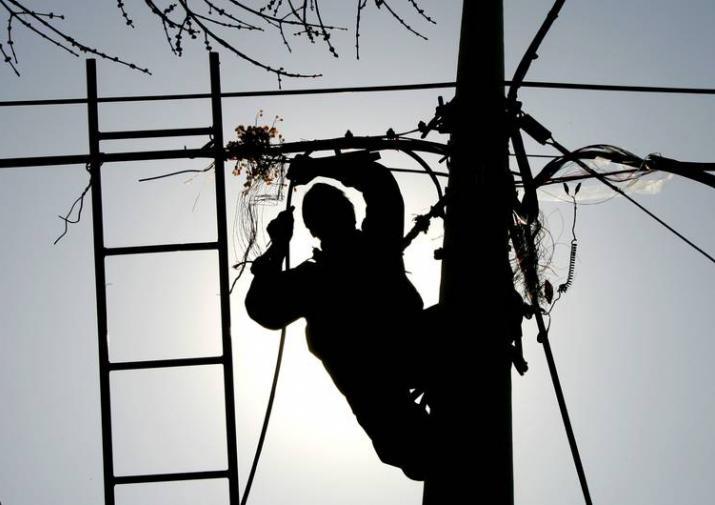 В Алтайском крае погиб молодой мужчина при попытке похитить провода ЛЭП