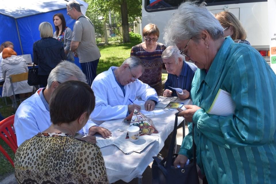 Жители Барнаула в День города проверили свое здоровье