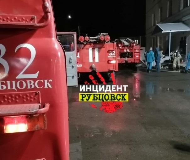 Бывшее здание суда горело в Рубцовске