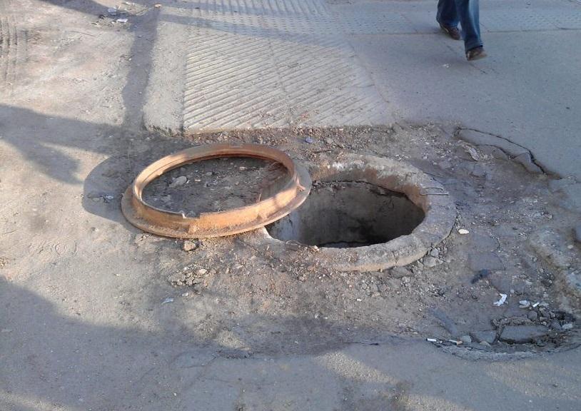 В Алтайском крае 3-хлетний мальчик погиб, упав в канализацию
