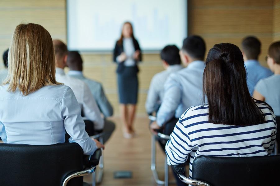 Серия семинаров для предпринимателей была организована алтайским Росреестром в городах края