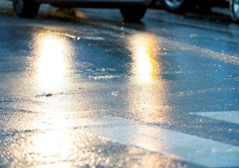 Госавтоинспекция Рубцовска предупреждает водителей о сильной гололедице