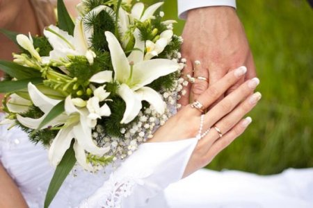 Минюст желает запретить 16-летним жениться без согласия родителей