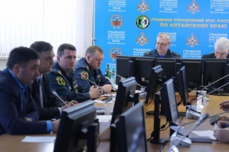 ВАлтайском крае объявили режимЧС. Закрыты все дороги
