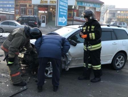 Шофёр на Тойота насмерть сбил пенсионерку накузбасской трассе